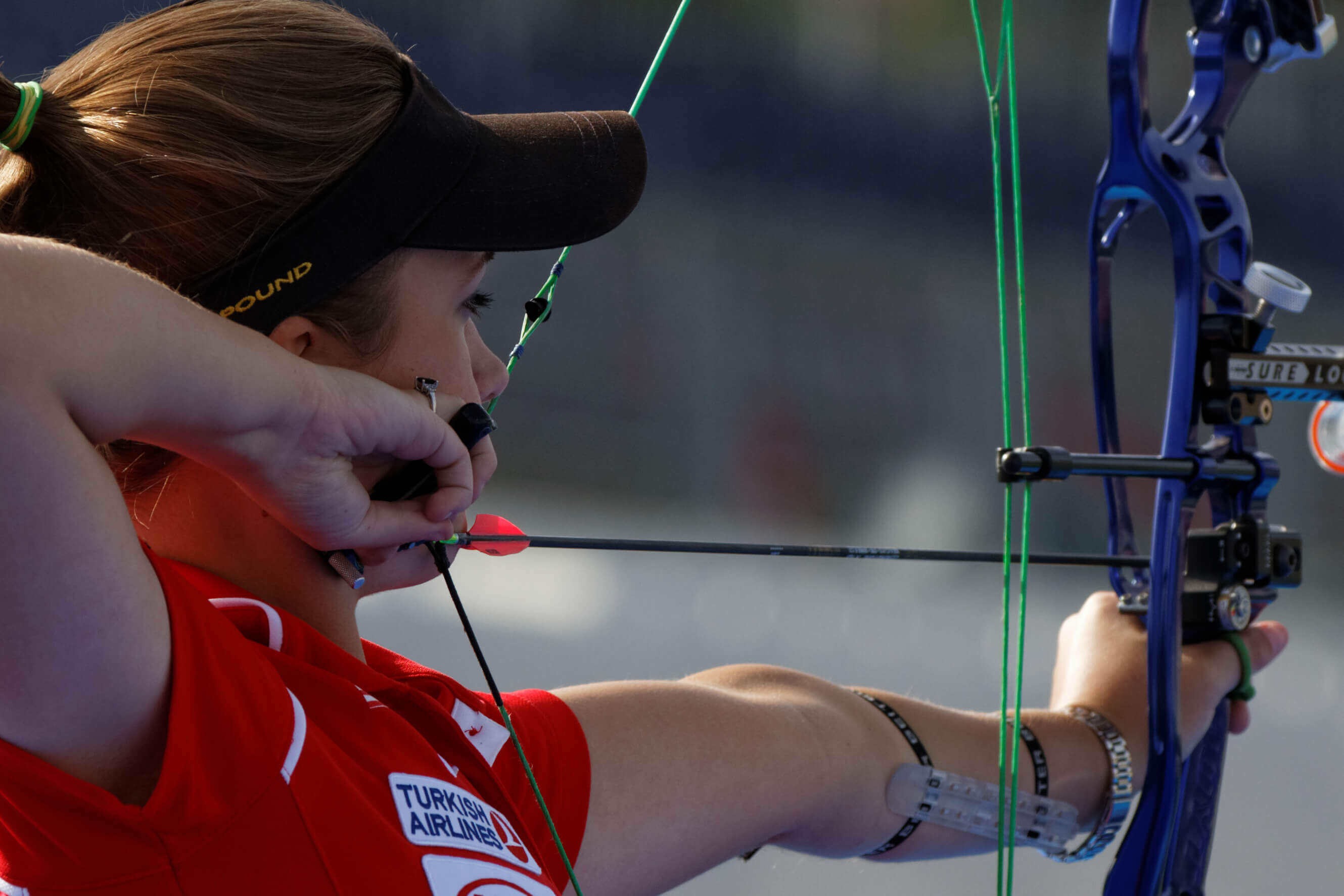 Best-Compound-Bows-for-Women-Reviews-Best-Buyers-Guide-2019