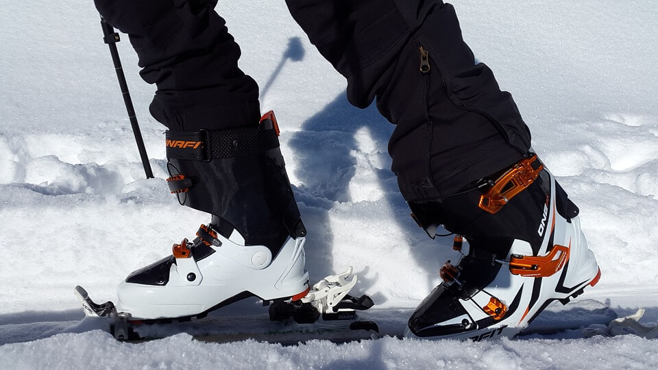 Apex-ski-boots-review-pros-and-cons